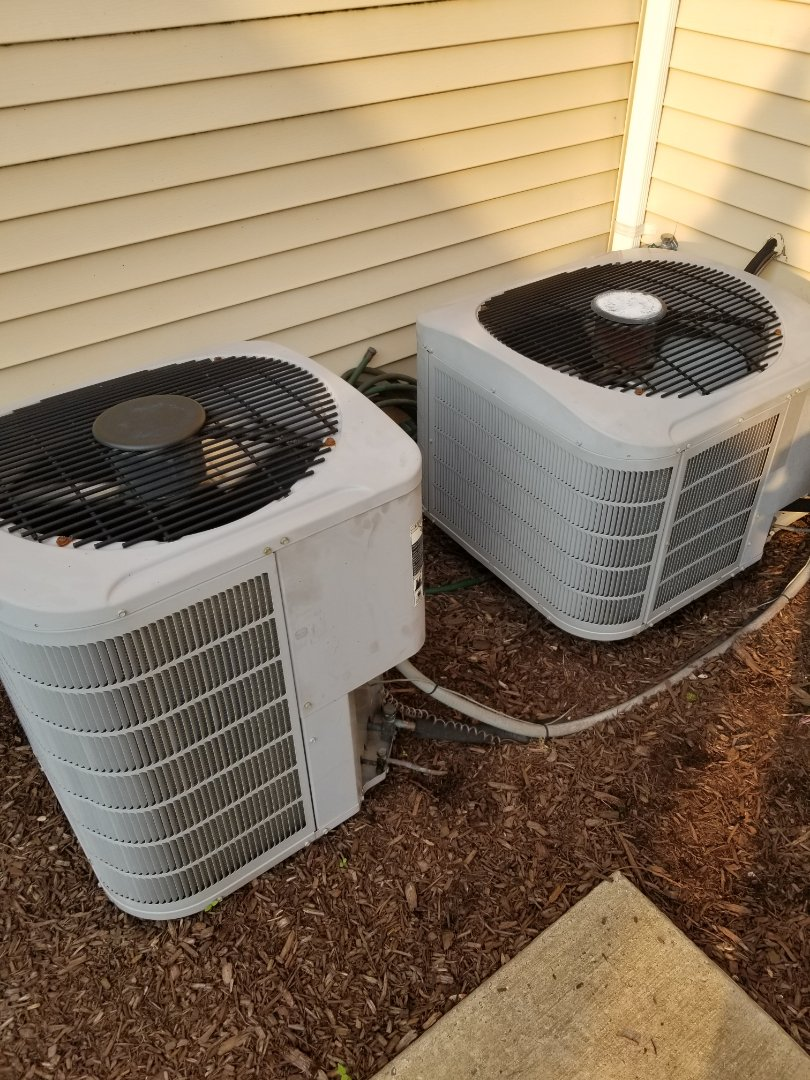 Furlong, PA - Air conditioning service call in Furlong. check carrier air conditioners. repair downstairs air conditioner - outdoor unit is not running. install new dual run capacitor. check upstairs air conditioner low on freon. charge ac unit with freon. check air conditioning operation.