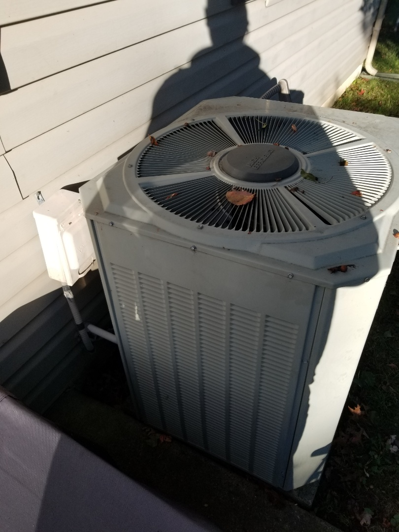 Bensalem, PA - Estimate for new heat pump system in Bensalem. replace old 28 year old Trane heat pump system. install new high efficiency Trane system tem6 air handler, trane XR17 2-stages heat pump with media filter filtration system and smart ecobee4 thermostat.