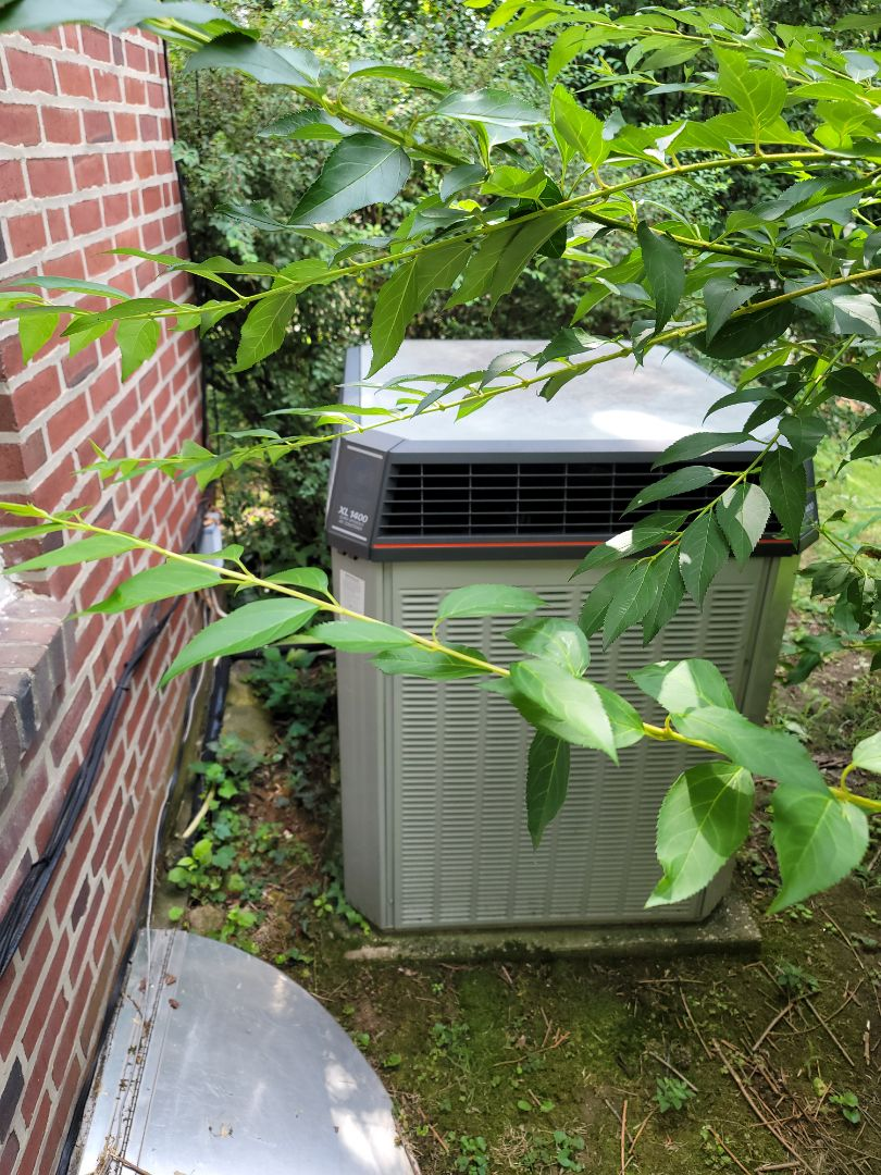 Estimate: new furnace and ac installation call. Performed estimate to install Lennox High efficiency gas furnace and air conditioning system.