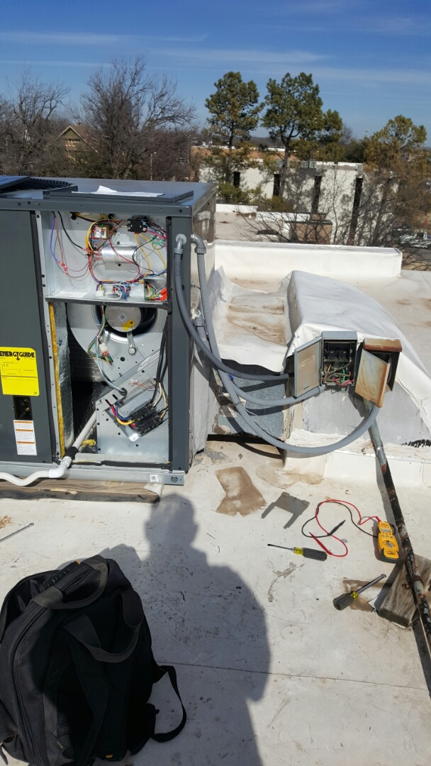 Yukon, OK - Gas furnace repair on a good man