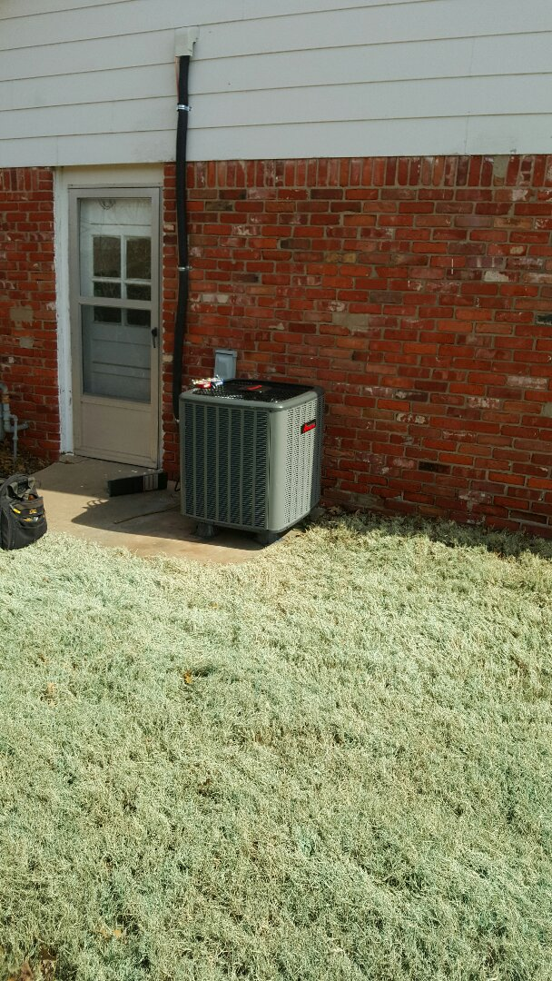 El Reno, OK - Replacing condensing unit and evap. Coil !