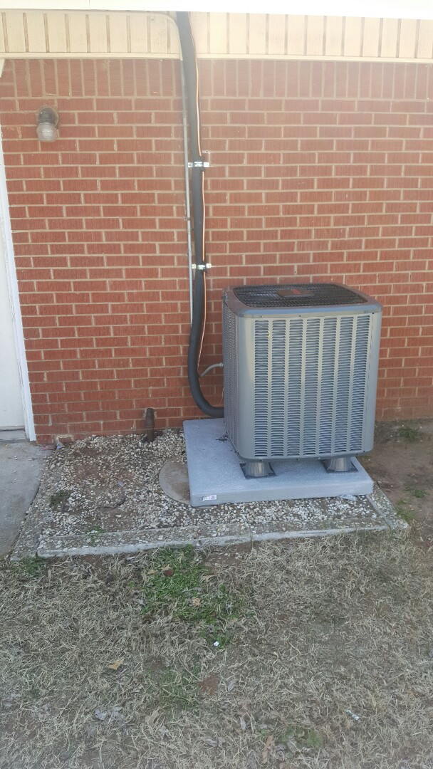 Yukon, OK - Condensing unit and evap coil change out !