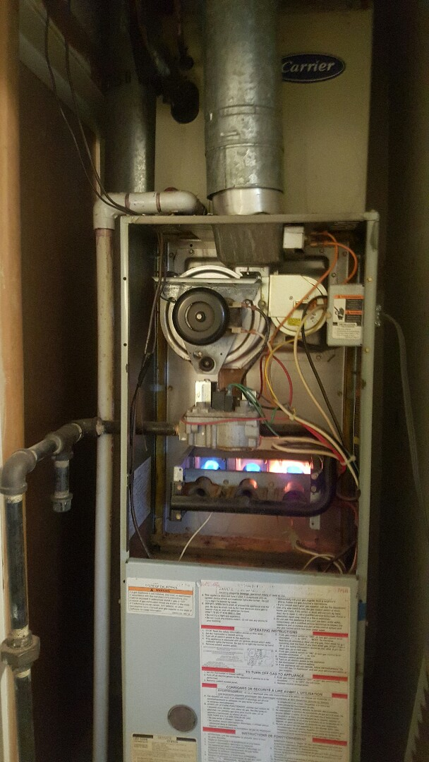 Yukon, OK - Found furnace not coming on. Cleaned burners and flame sensor!