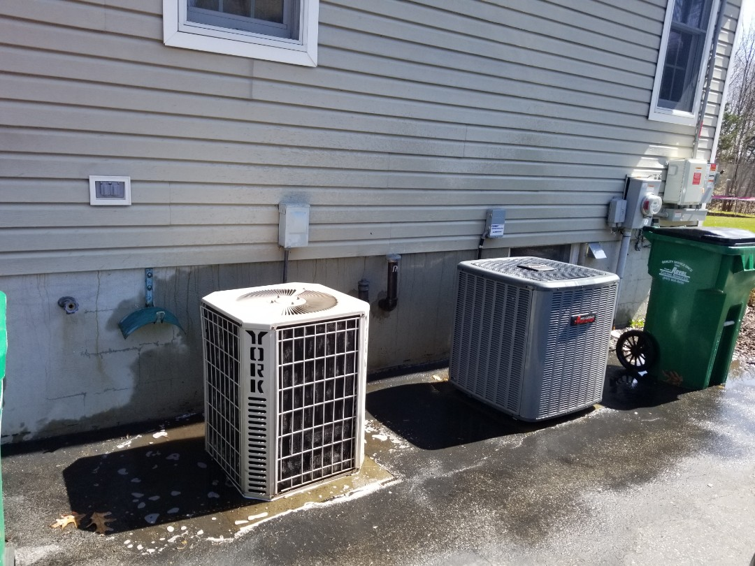 Hopewell Junction, NY - Air conditioner tune up. One unit newer, and one unit very old. Old freon still at proper levels, suggest budget for repairs or replacement soon.