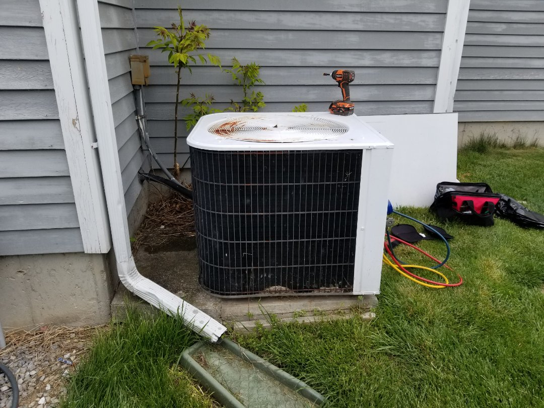 Wappingers Falls, NY - Lennox ac unit leaking, but turned out to only need routine maintenance to clear drain pan and line. Installing a zoning system will improve the temperature imbalance between 1st and 2nd floor. Also it may be time to budget for a system replacement based on age and condition of equipment