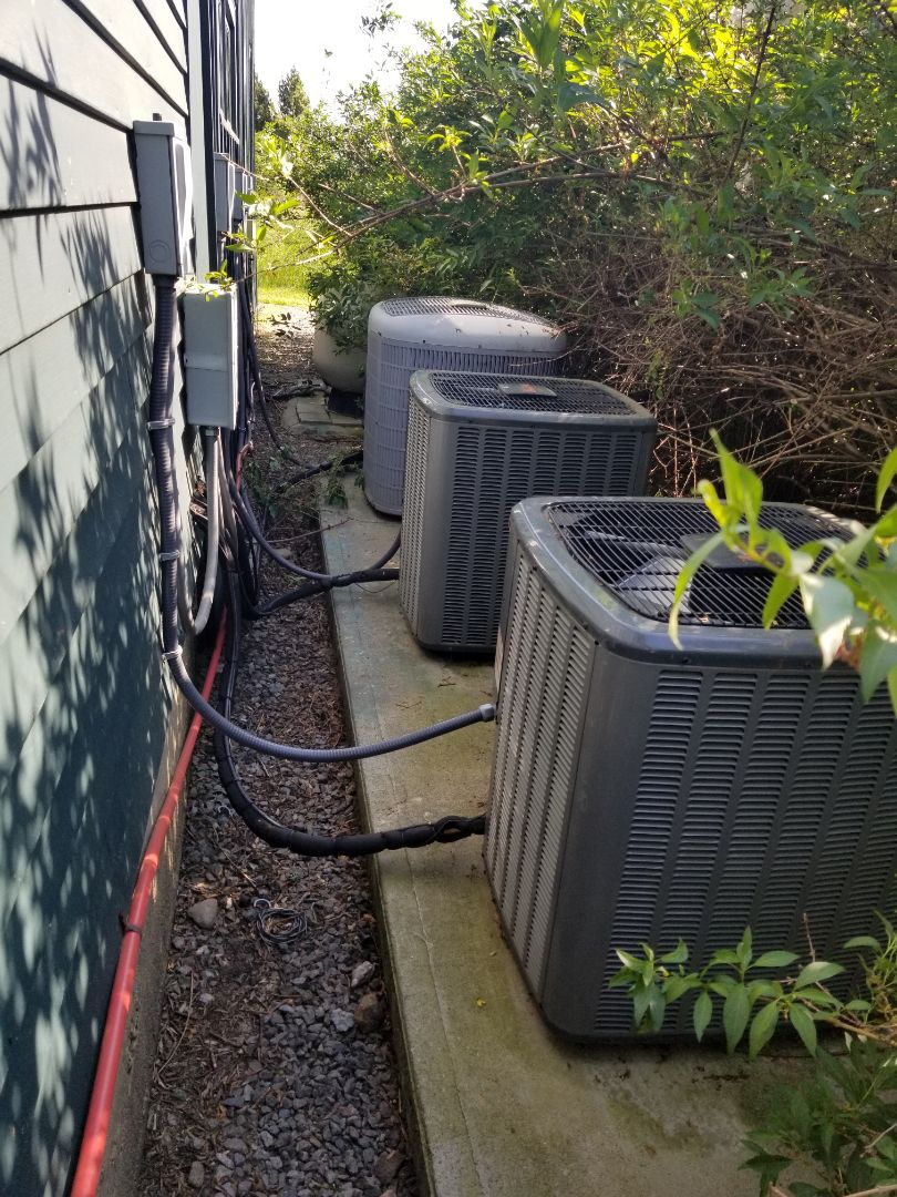 Philipstown, NY - Amana Condenser with Unico Air Handler not cooling. Found wiring pulled off power logs in disconnect, also low on freon. Odor coming from unit caused by growth on indoor unit coil. Performed deep cleaning.