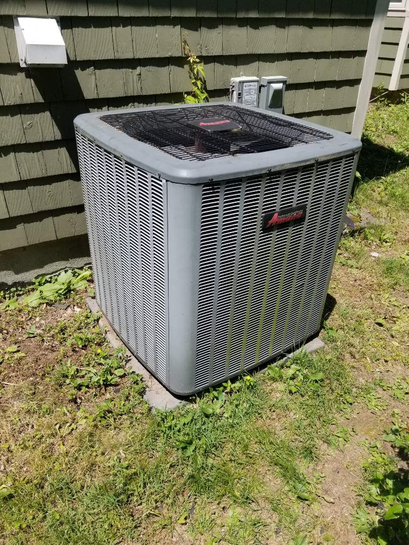 Hopewell Junction, NY - Amana Heatpump fan not staying on and not cooling. Found defective dual cap and replaced.  Tested operation and freon level.