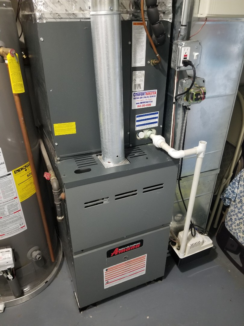 Amana Gas Furnace with ac.  Performed annual maintenance and cleaning.