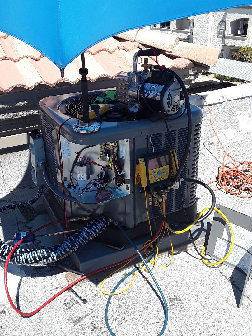 Las Vegas, NV - New Rheem heat pump