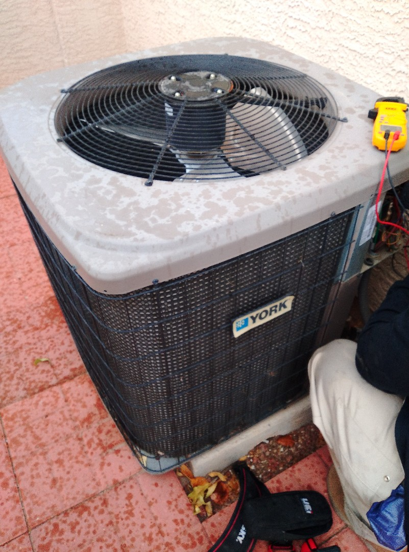 Las Vegas, NV - York heating and cooling check
