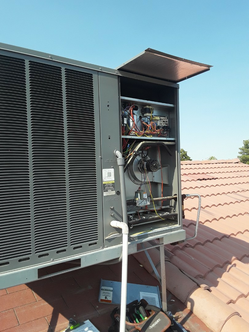 North Las Vegas, NV - Heating service rheem unit
