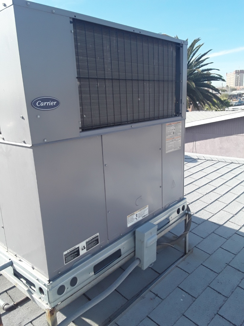 North Las Vegas, NV - Carrier gas furnace/AC. Service and safety inspection