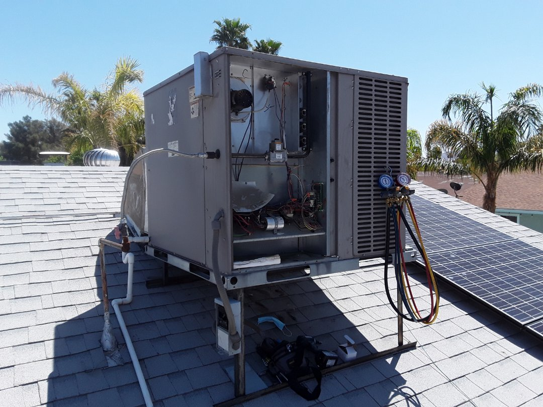 Henderson, NV - York package system AC tune up and maintenance in Henderson