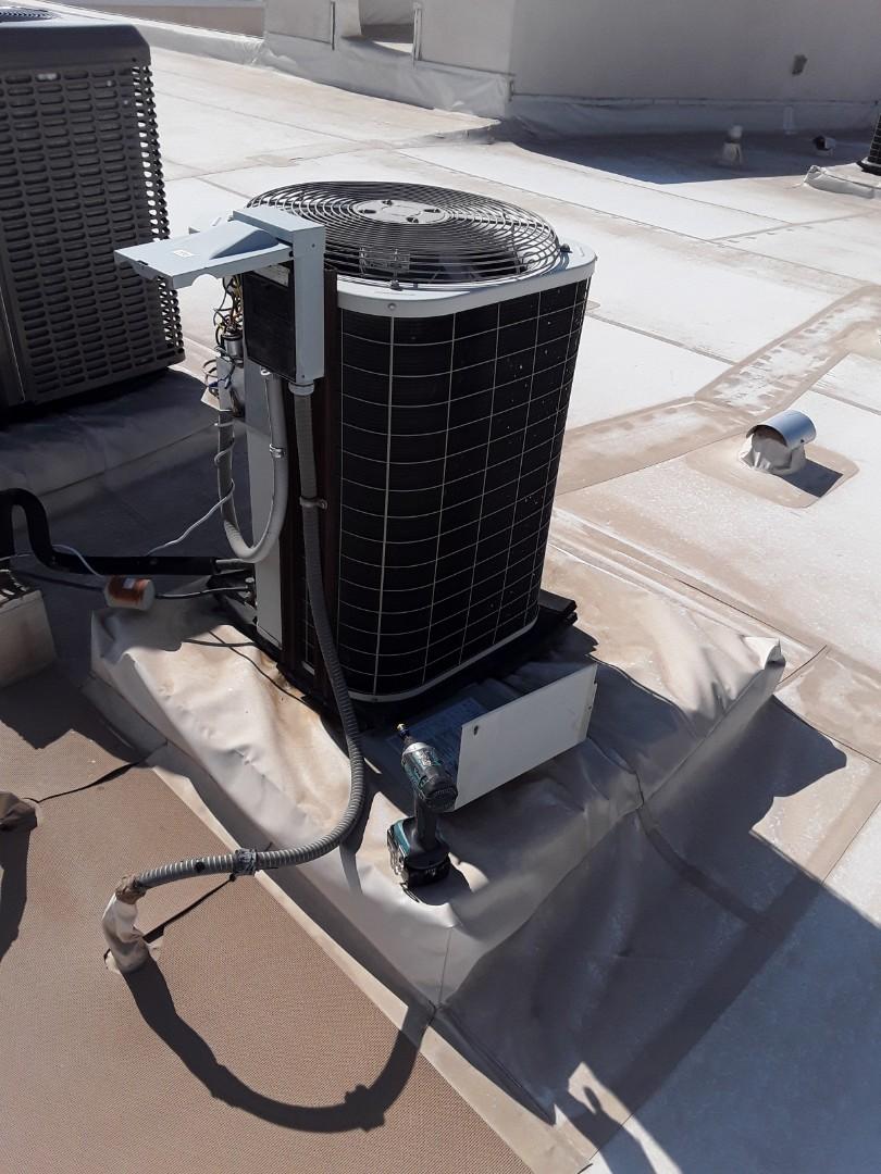 Las Vegas, NV - Bryant AC system thermostat AC repair in Las Vegas Park Avenue Condos ac service