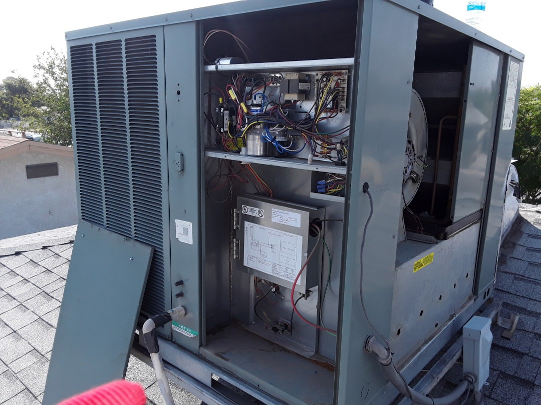 North Las Vegas, NV - Rheem package system ac tune up maintenance and Service in North Las Vegas