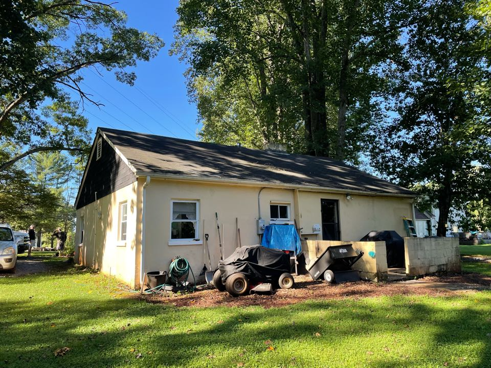 Lynchburg, VA - Free quote on damaged gutters