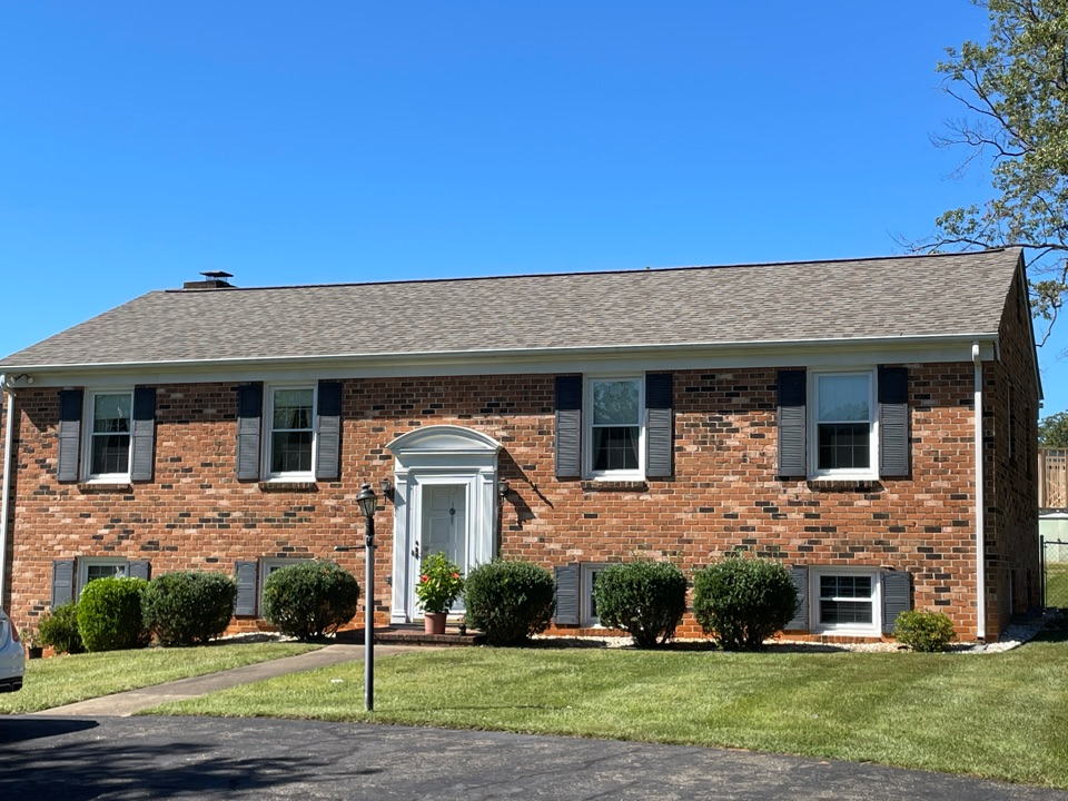 Lynchburg, VA - Give a free quote and put a new roof on this home