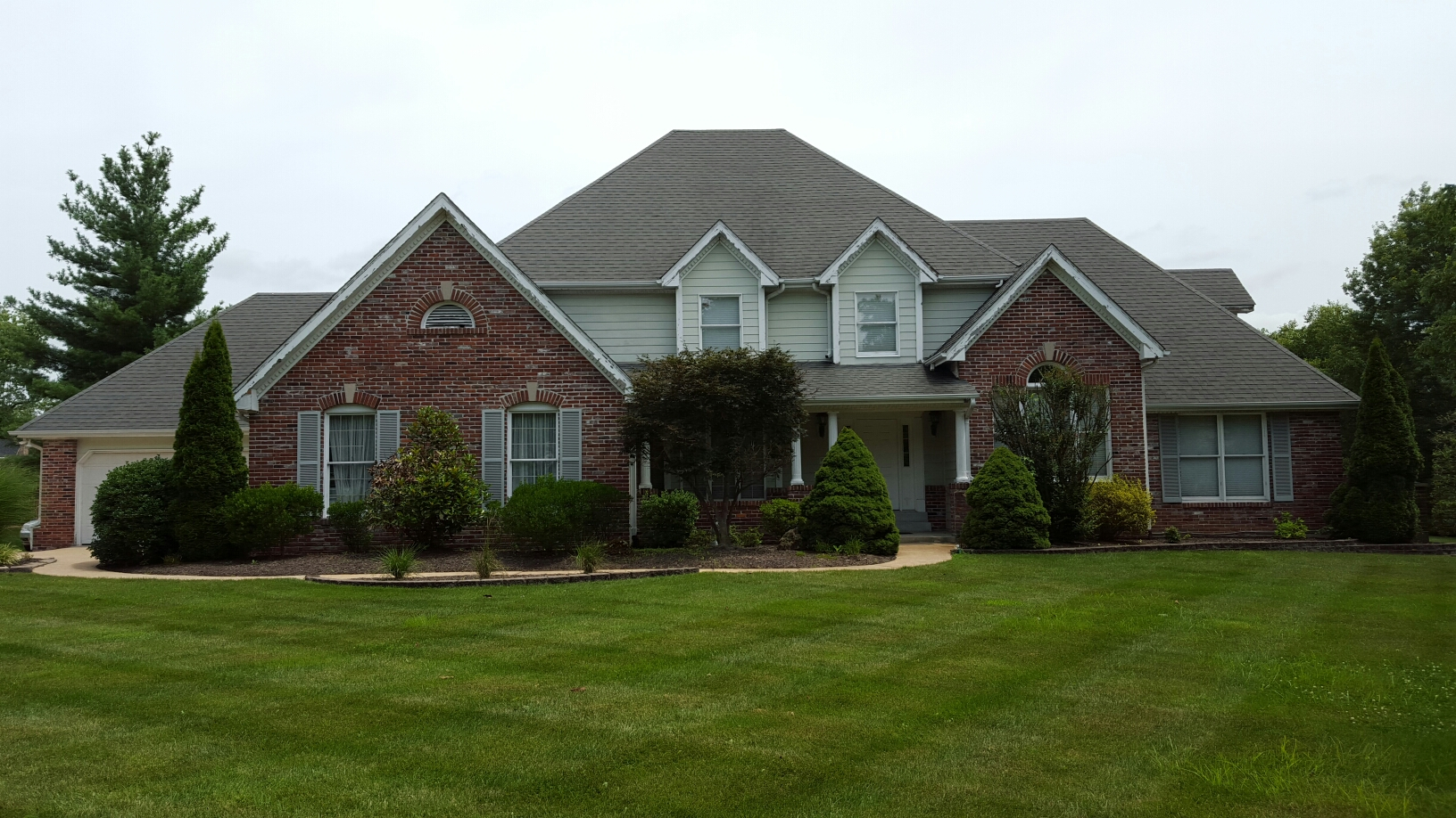 Chesterfield, MO - Inspection for hail damage in Chesterfield. Call Joe @ 314-550-7369