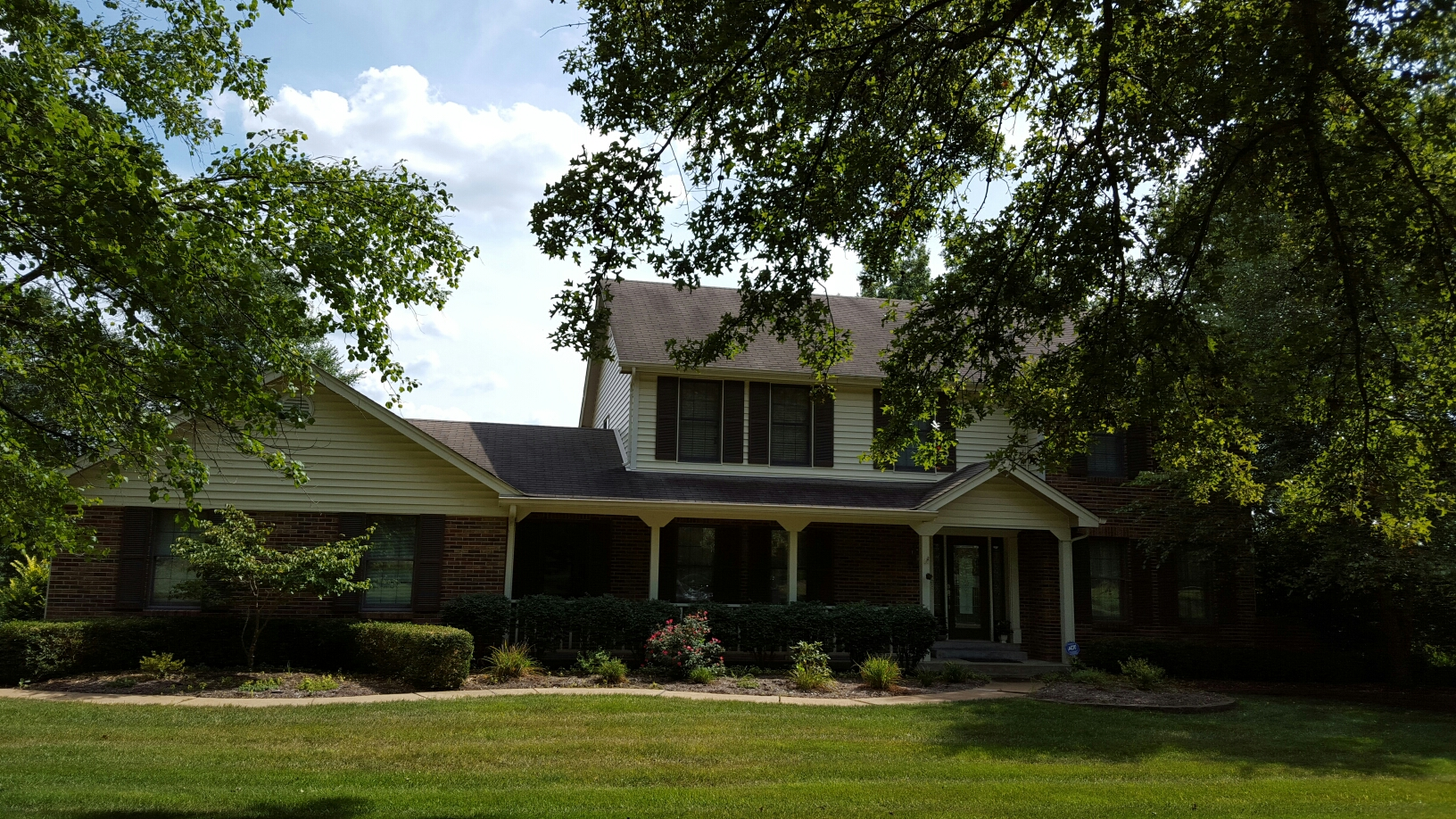 Chesterfield, MO - Estimate new roof install. Call Joe 314.550.7369