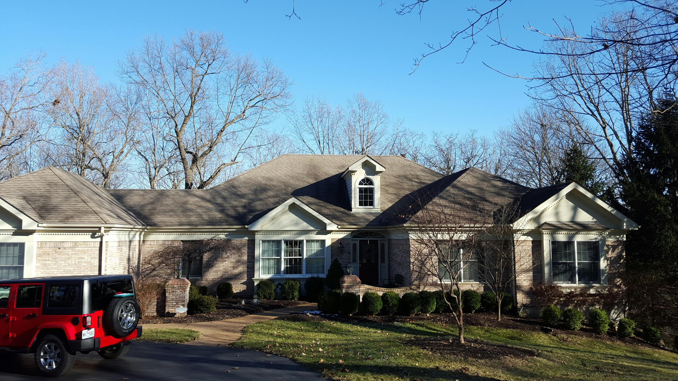 Wildwood, MO - Inspect for damaged roof, gutters fascia. Wildwood.