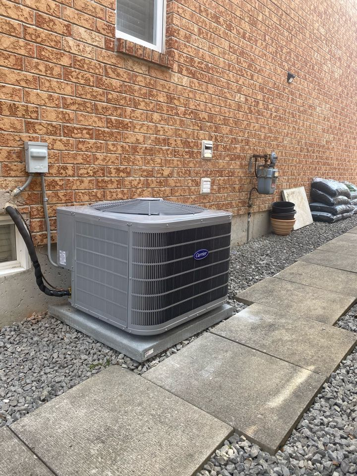 Richmond Hill, ON - Install Carrier performance 3 ton 16 seer air conditioner in Richmond hill.