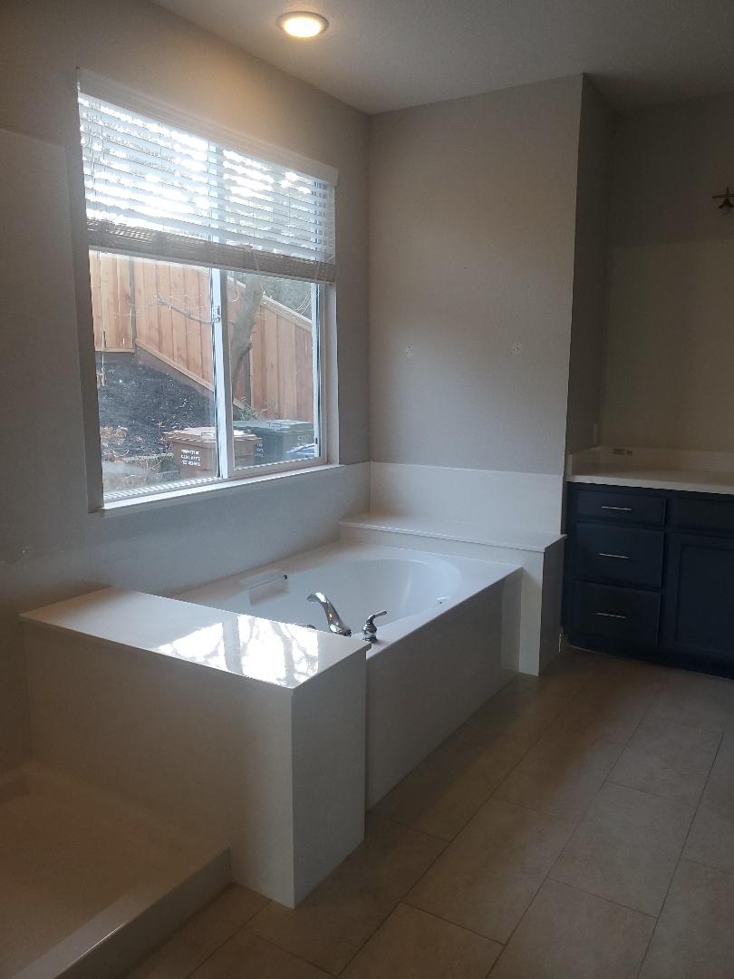 Concord, CA - Bathroom remodeling marbel. Suround