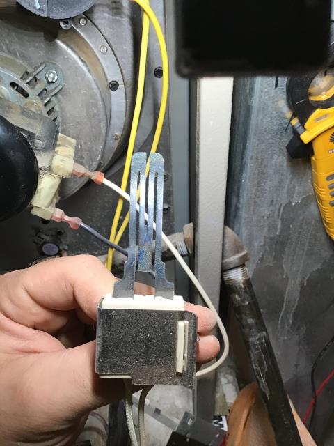South Bend, IN - tune up on furnace, cleaned flame sensor and burners and cycled unit