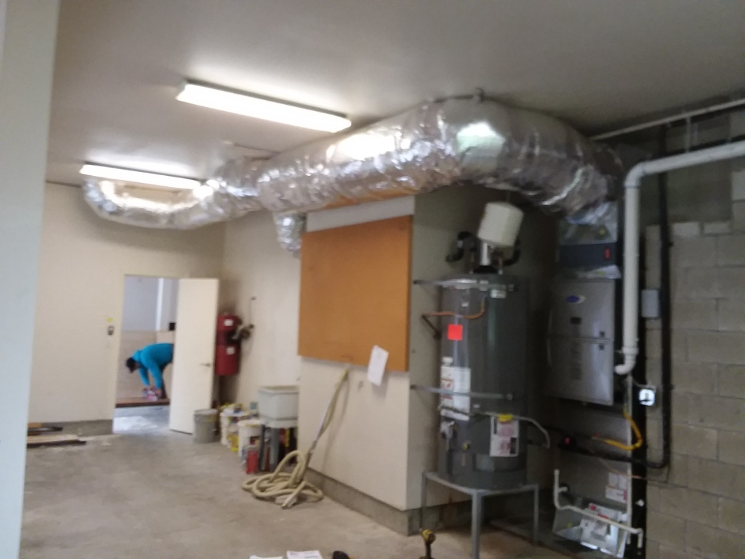 Woodinville, WA - Just finished installation on multiple day job installing carrier products 90% furnace and AC including extra return air duct work for customers in Woodinville