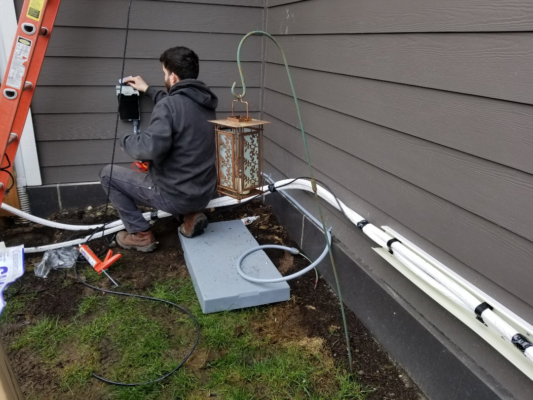 Everett, WA - Electrical install new ductless heating system