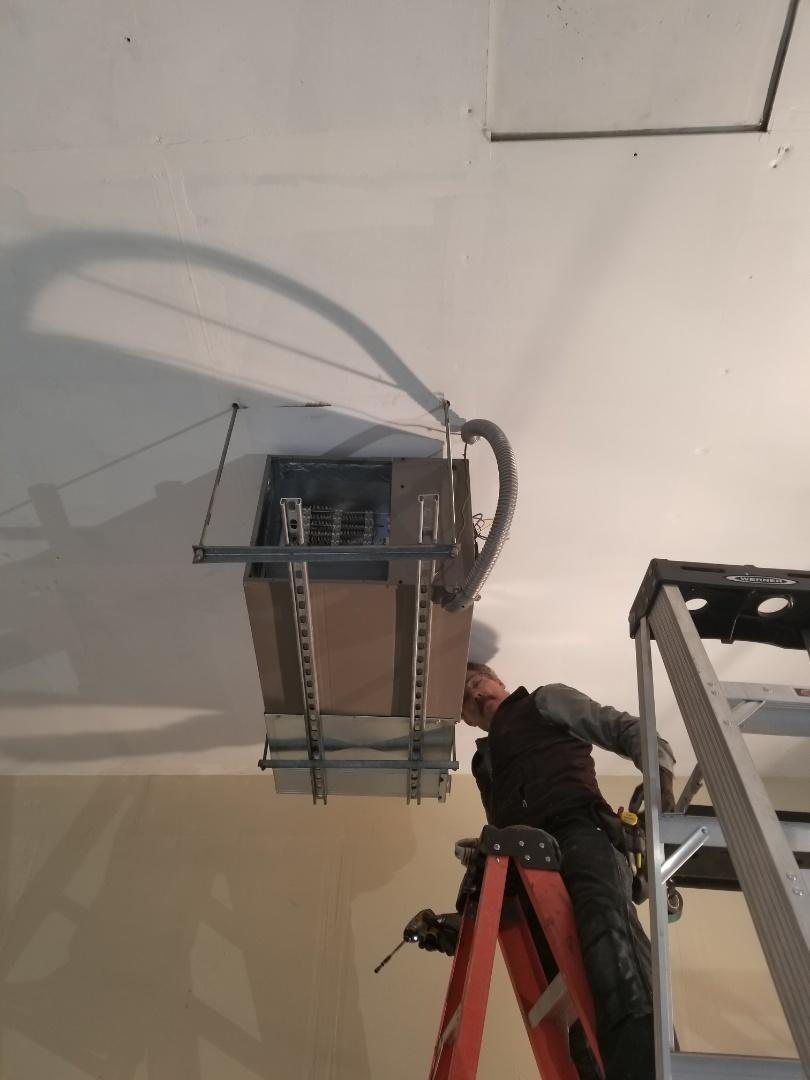 Lynnwood, WA - Electrical install new furnace in shop