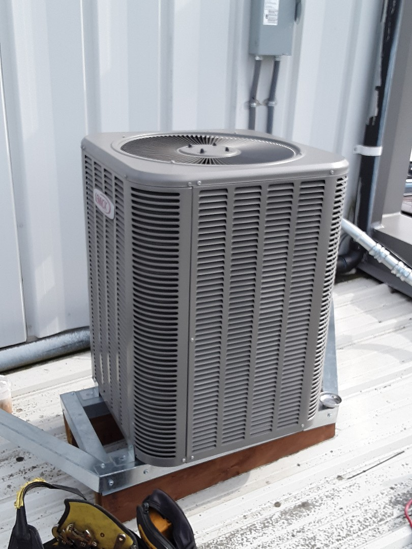 Everett, WA - Replaced thermal expansion valve on a Lennox heat pump in Everett