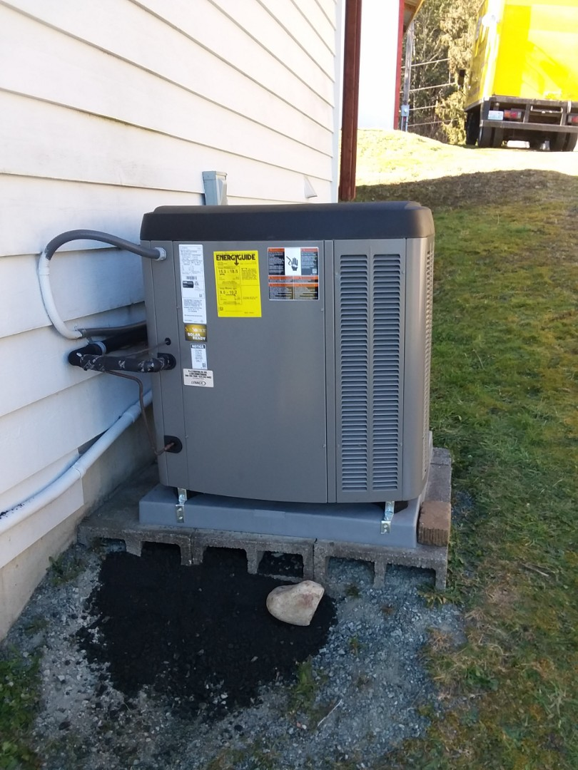 Monroe, WA - Just finished the installation of a Lennox 2-ton outdoor heat pump condensing unit in Monroe