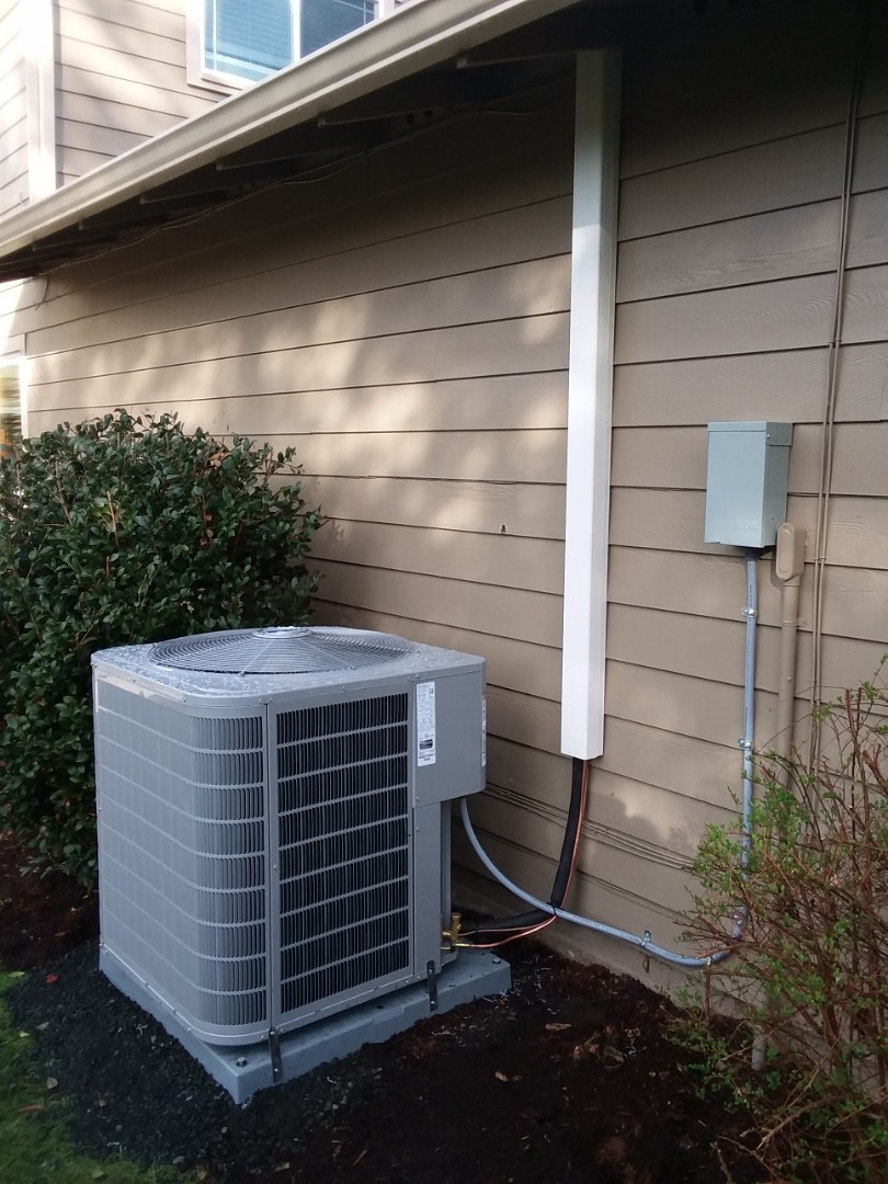 Kenmore, WA - Just finished adding air conditioning to customers existing carrier system using carrier products in Kenmore today