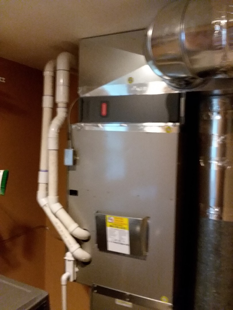 Kenmore, WA - Just finished liquid line drier installation on AC unit by carrier in Kenmore