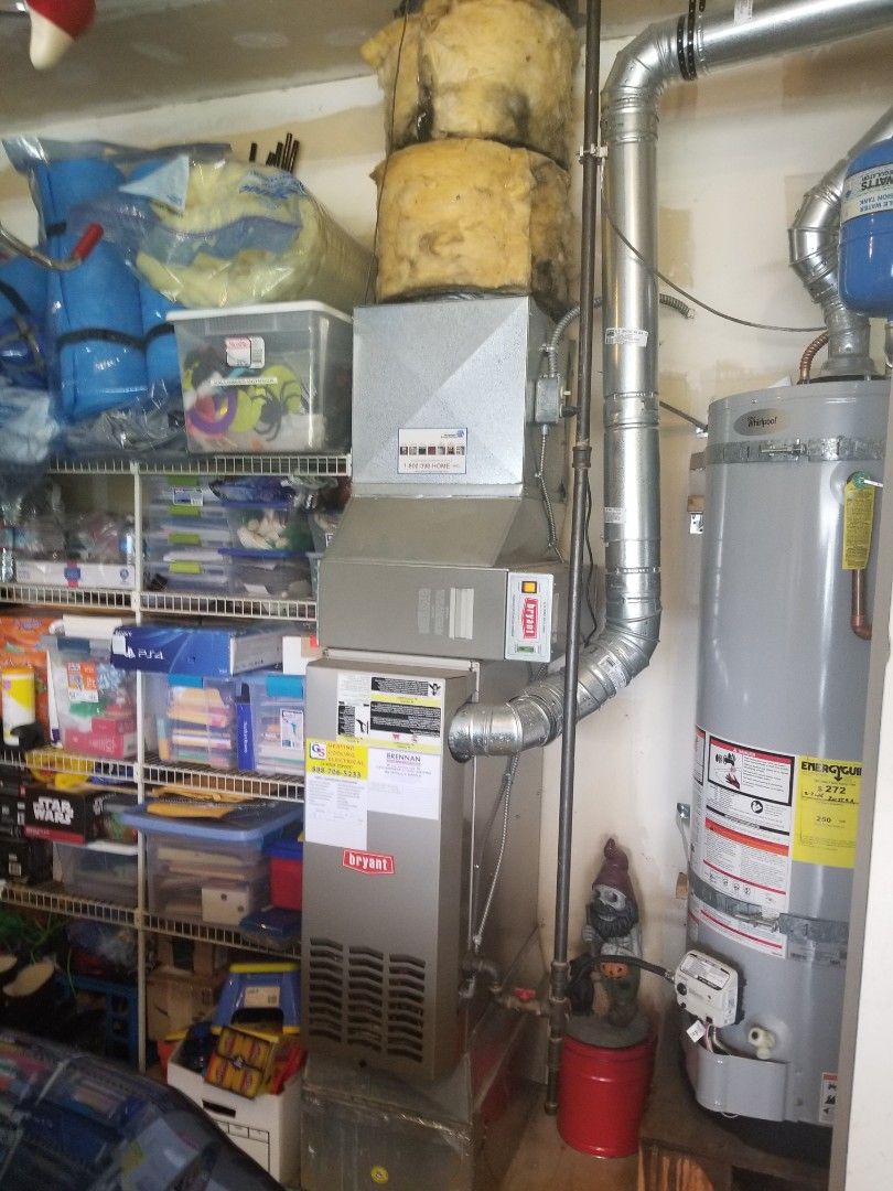 Marysville, WA - Providing an estimate to install a Carrier air conditioner in Everett