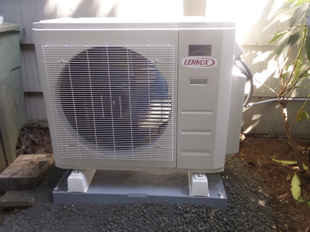 Lynnwood, WA - Just finished installing a double head Lennox ductless heat pump system for a customer in Lynnwood happy to have more efficient Heating and Cooling
