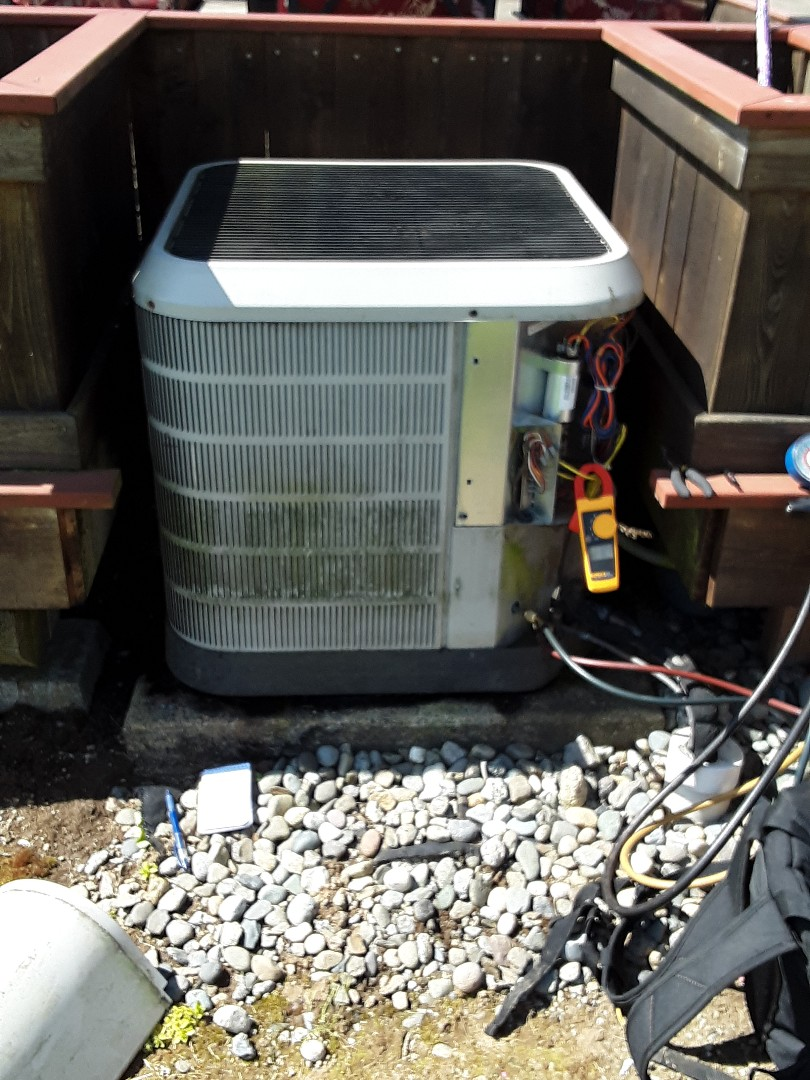 Mukilteo, WA - Planned maintenance on a nordyne r22 heat pump in Snohomish