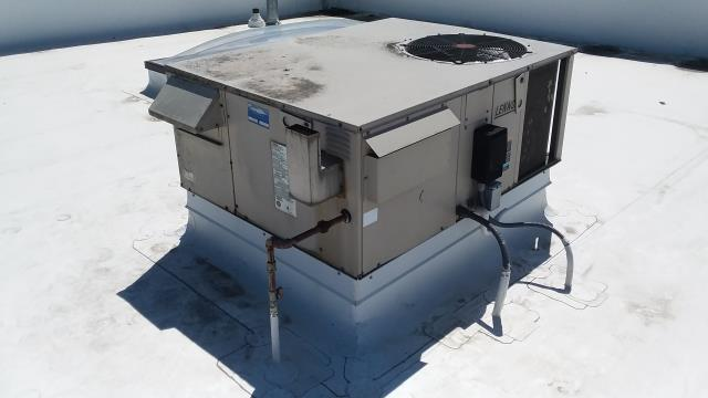 Monroe, WA - Free estimate on roof top unit replacement to new Carrier package unit in Monroe Washington