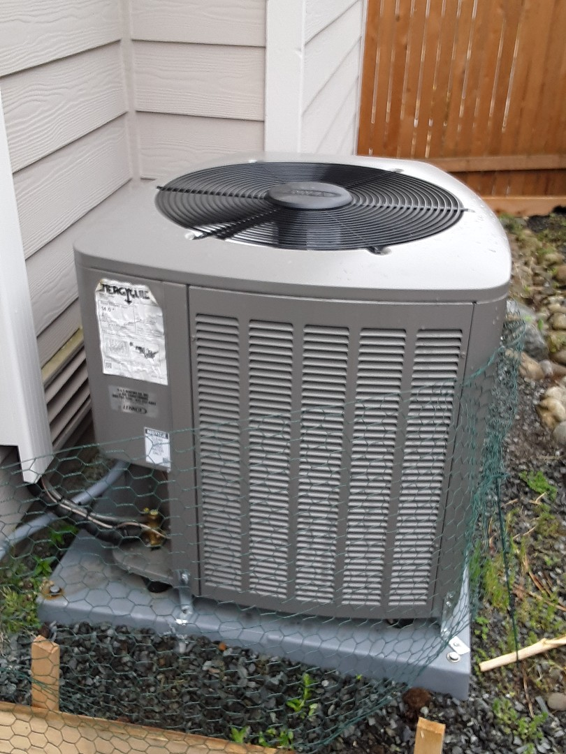 Bothell, WA - Planned maintenance on a Lennox AC in Bothell