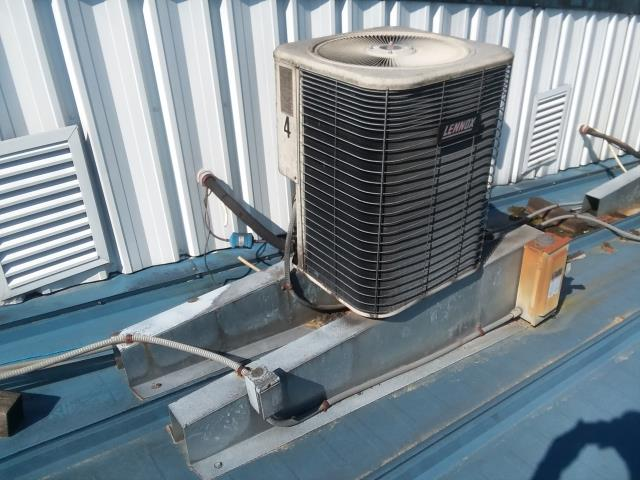 Monroe, WA - building a free estimate to replace Lennox air conditioner with new Carrier unit in Monroe Washington