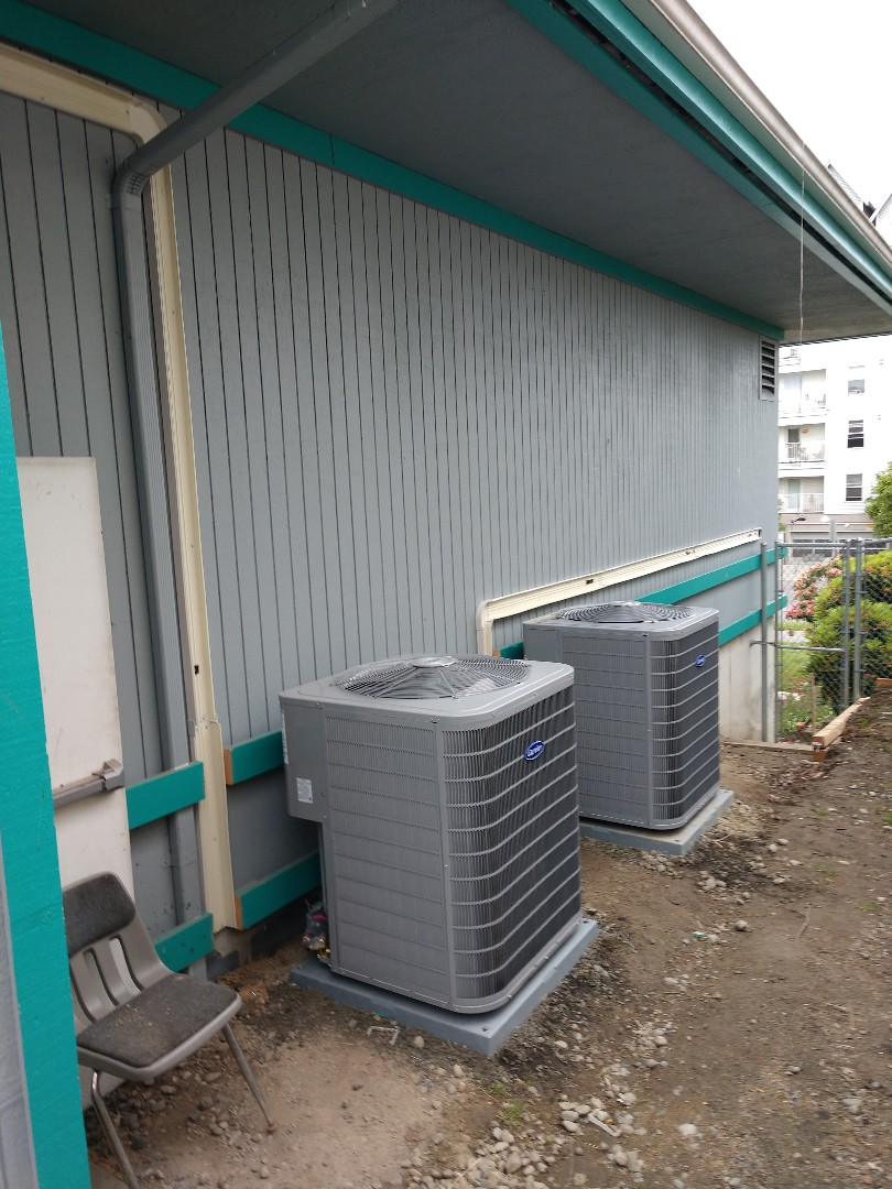 Everett, WA - Carrier heat pump install commercial