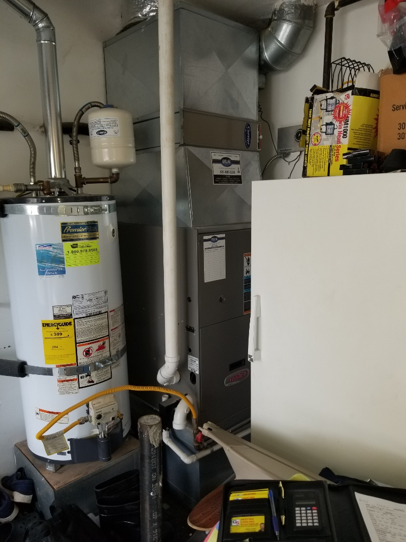 Bothell, WA - Providing an estimate to install a Lennox Elite Series EL16 air conditioner in Bothell.