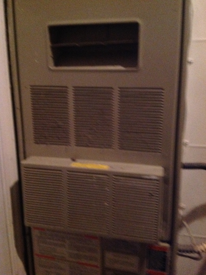 Monroe, WA - A maintenance and repair on a lennox gas furnace in Monroe.
