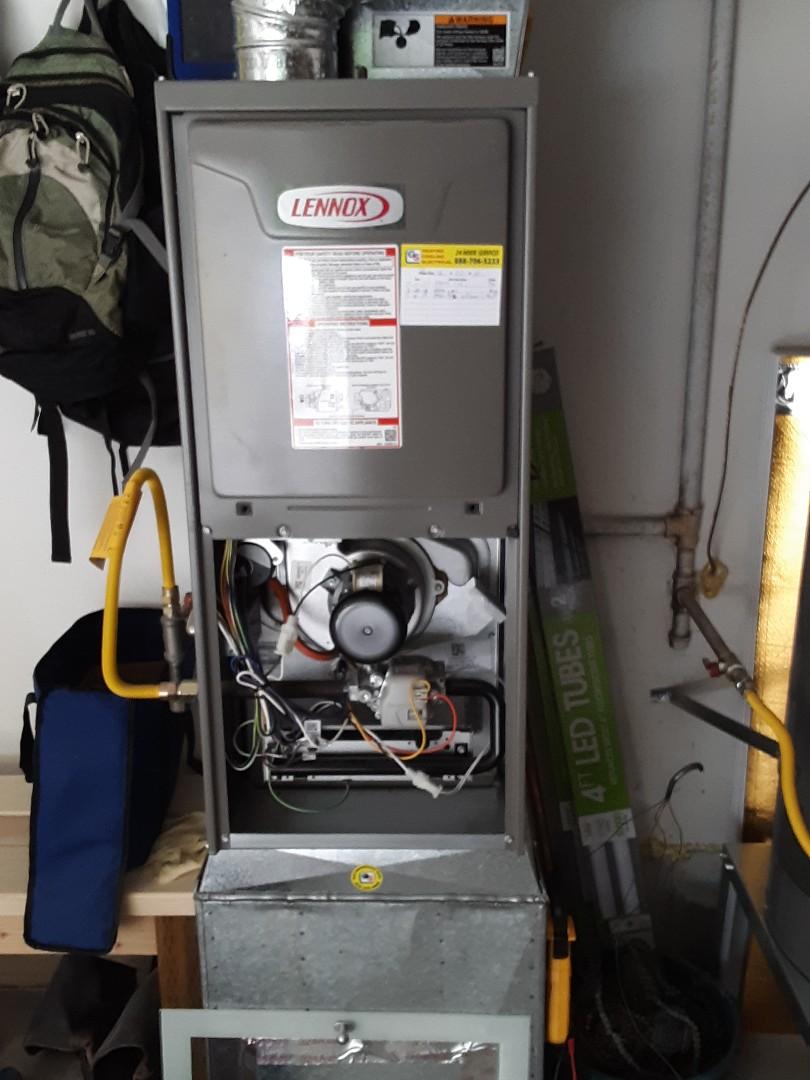 Everett, WA - Planned maintenance on a Lennox gas furnace in Everett