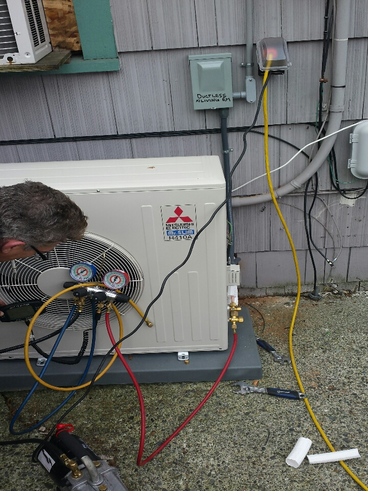 Monroe, WA - electrician. wiring for new 240v 20 amp ductless heating and cooling system