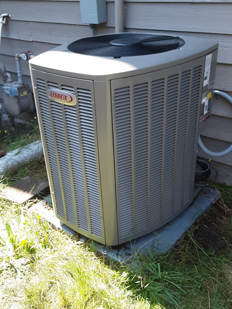 Lynnwood, WA - perform planned maintenance on a Lennox AC in Lynnwood. Had poor cooling due to plug outdoor coil. I clean coil and system is operating correctly