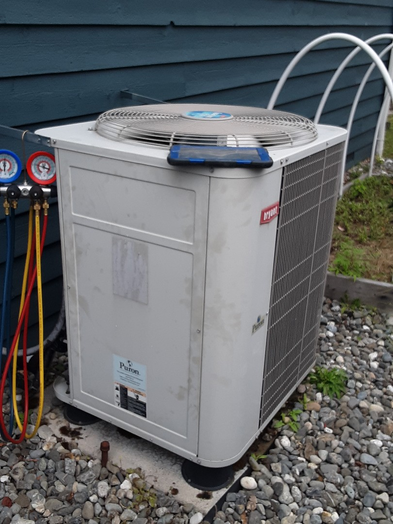 Mukilteo, WA - Performed a tune up on a Bryant gas furnace and heat pump in Mukilteo