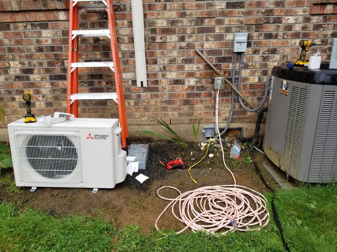 Arlington, WA - Electrical install new heat pump system x2