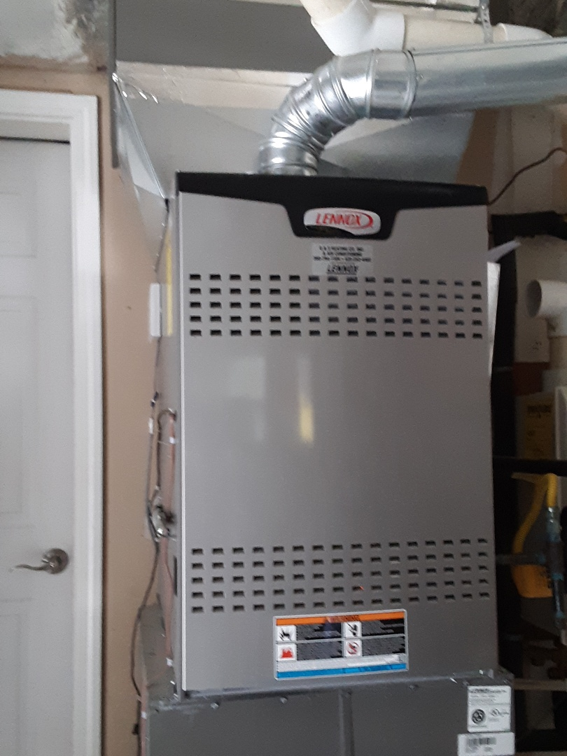 Snohomish, WA - Diagnostics on a Lennox gas furnace in Snohomish