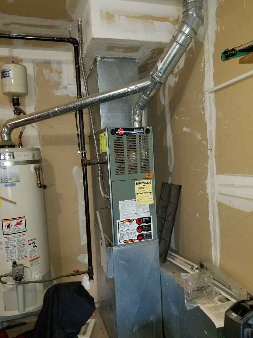 Camano, WA - Providing an estimate to install a Carrier furnace in Marysville.